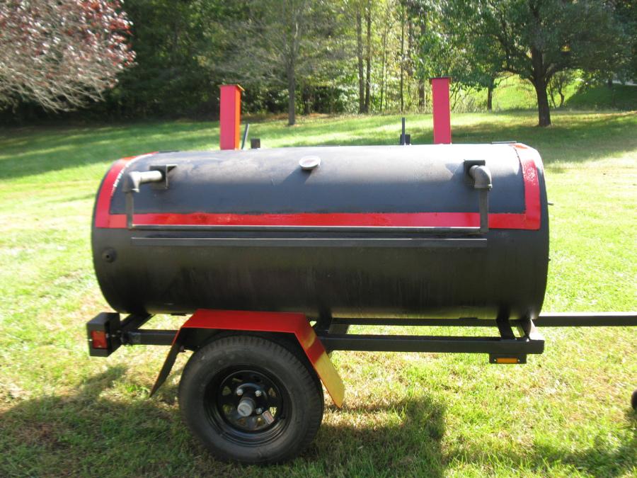 Big Grills On Wheels, MD Rent large Grills, Bar B Que grills